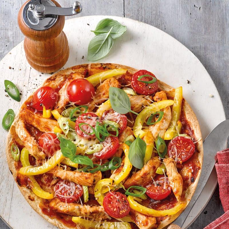 Foto Blitzpizza mit BBQ-Hähnchen von WW
