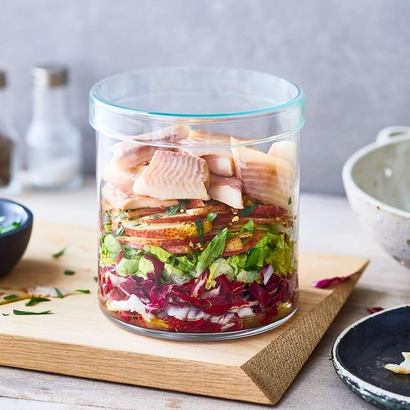 Foto Radicchio-Birnen-Salat mit geräucherter Forelle von WW