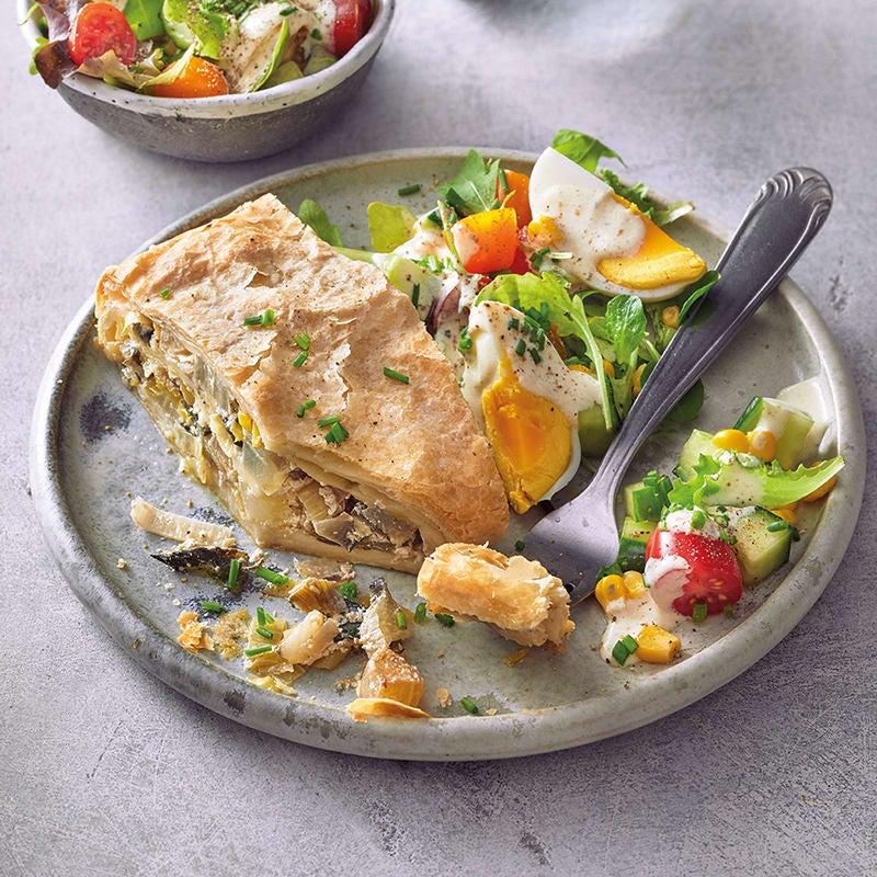 Foto Blätterteigstrudel mit buntem Salat von WW