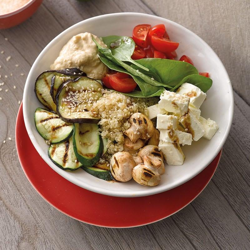 Foto Grillgemüse-Bowl mit Hummus von WW