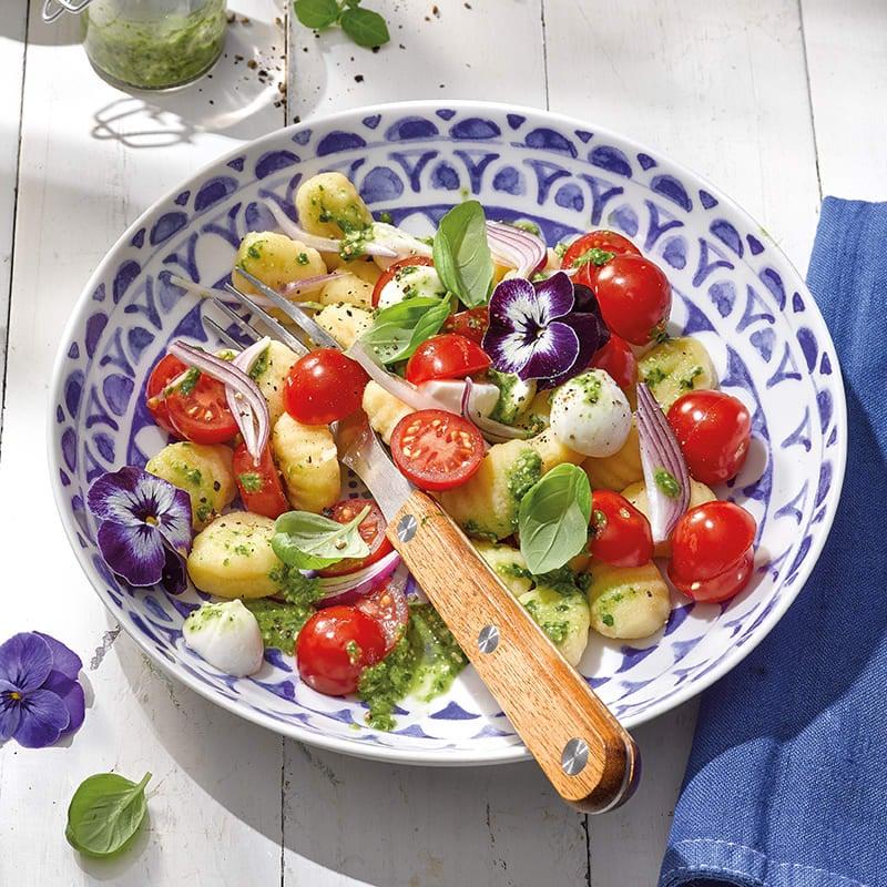 Foto Gnocchisalat mit Mozzarella von WW