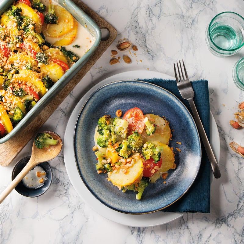 Foto Kartoffel-Broccoli-Auflauf mit Erdnusskruste von WW