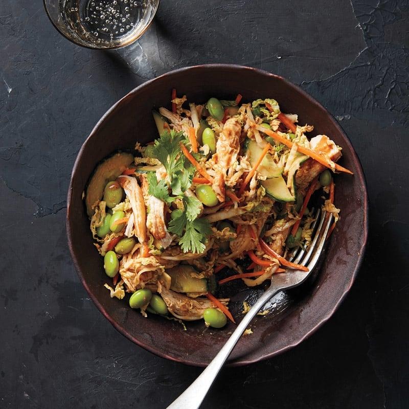 Foto Asiatischer Hähnchen-Erdnuss-Salat von WW