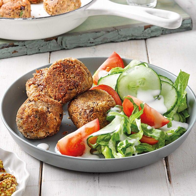 Foto Bohnen-Pilz-Bällchen mit Salat von WW