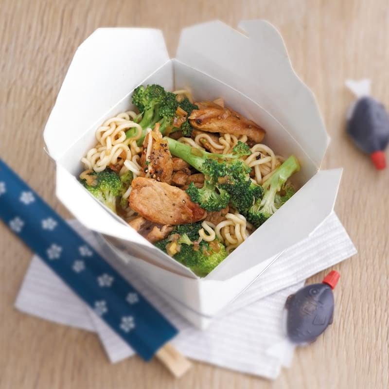 Foto Asiatische Broccoli-Schnitzel-Pfanne von WW