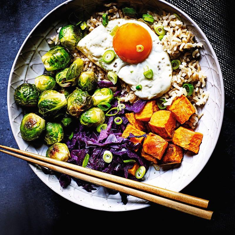 Foto Asiatischer Kohl-Süßkartoffel-Reis von WW