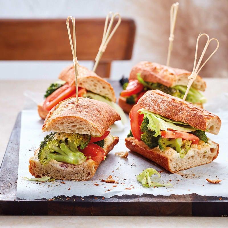 Foto Überbackenes Baguette mit Broccoli von WW