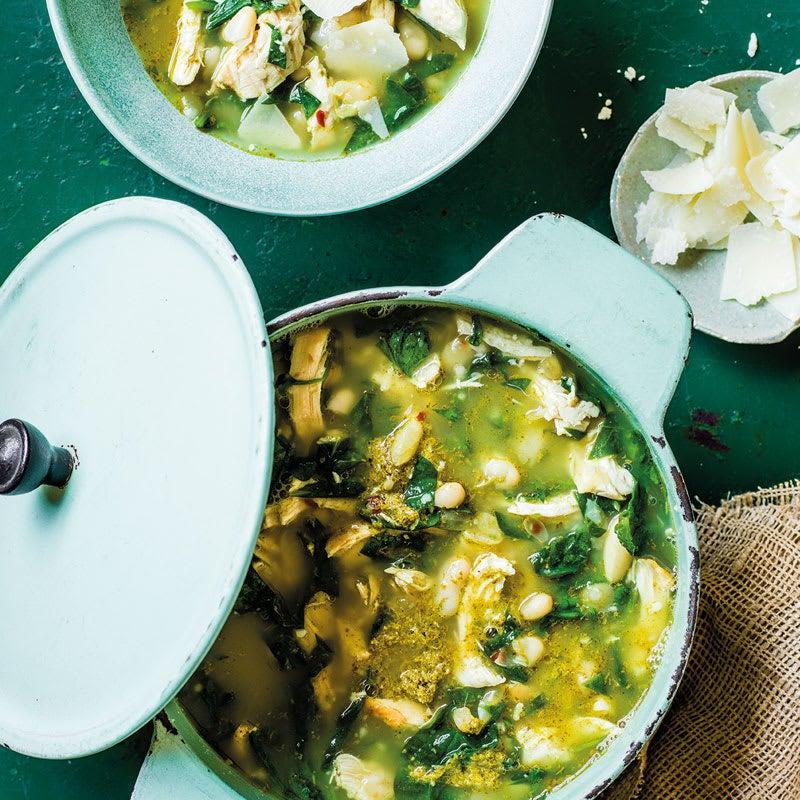 Foto Wärmende Pesto-Hühner-Suppe von WW