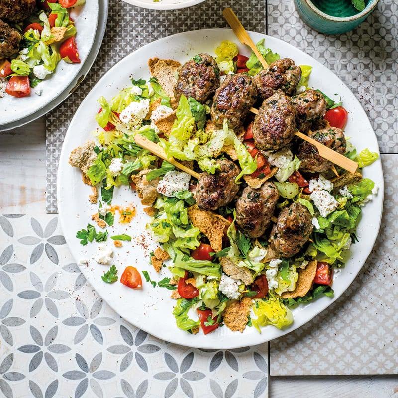 Foto Köftespieße mit türkischem Salat von WW