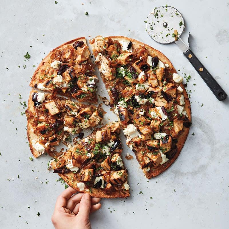 Foto Hähnchen-Zwiebel-Pizza mit Ziegenkäse von WW