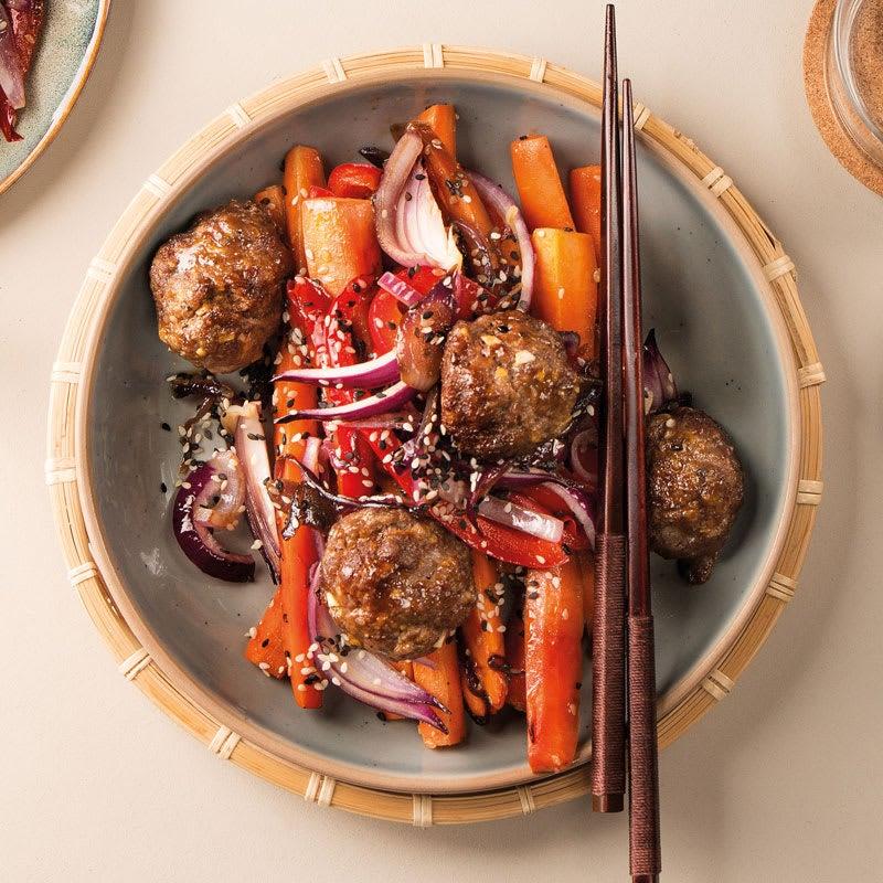 Foto Asia-Meatballs mit Sesamgemüse von WW