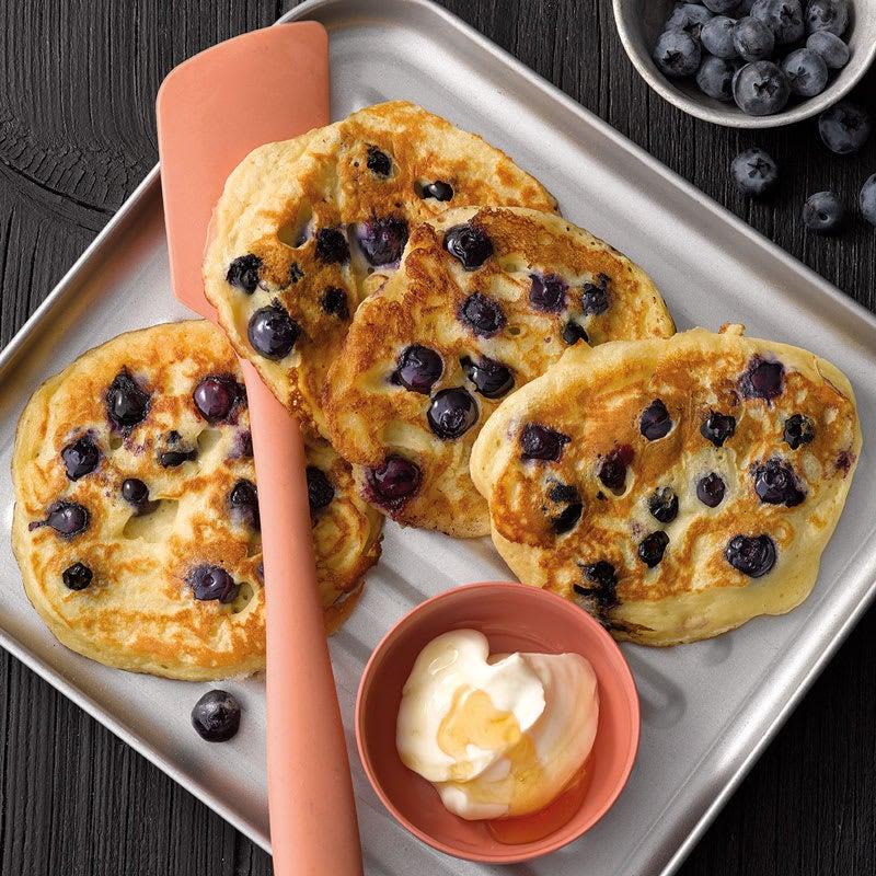 Foto Buttermilch-Pancakes mit Heidelbeeren von WW