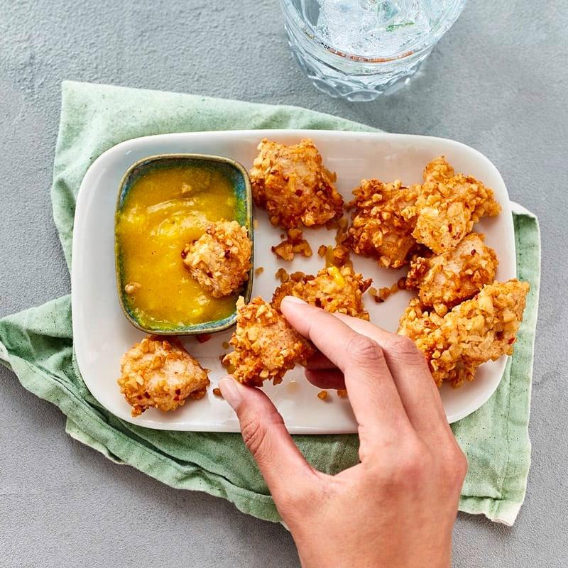 Foto Hähnchen-Nuggets mit Mango-Curry-Dip von WW