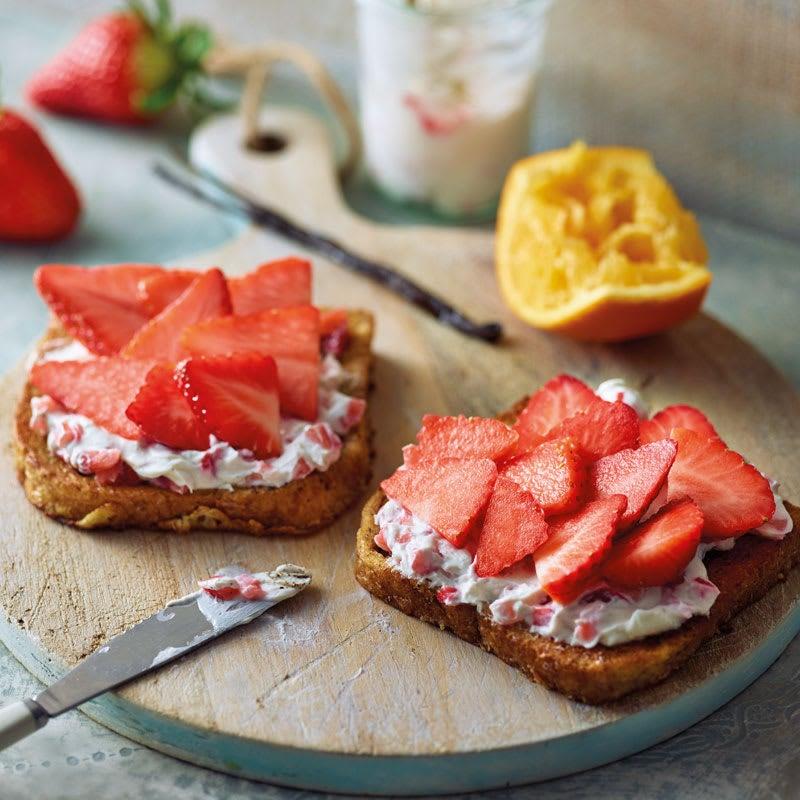 Foto Gebratener Toast mit Erdbeer-Vanille-Creme von WW