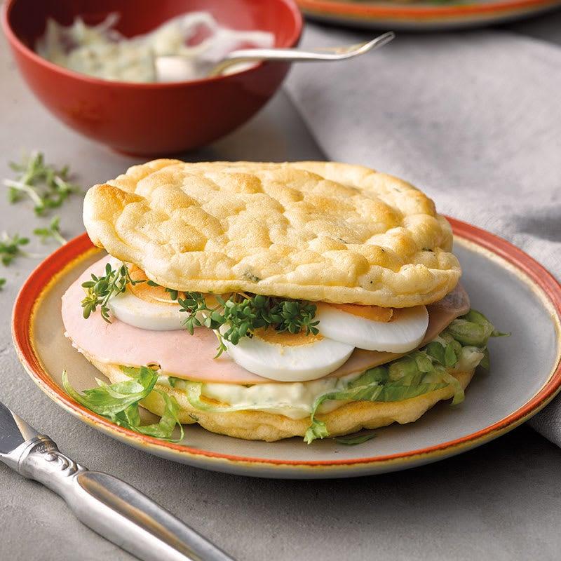 Foto Low-Carb-Sandwich mit Ei von WW