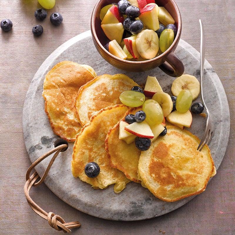 Foto Bohnen-Pancakes mit Obstsalattopping von WW
