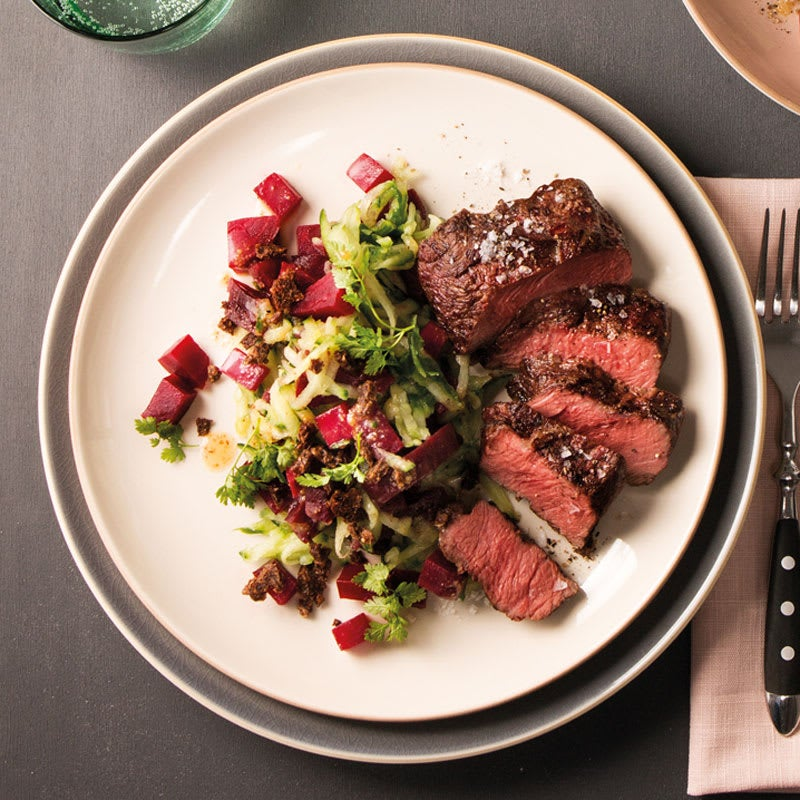 Foto Flat Iron und Rote Bete-Gurken-Salat von WW