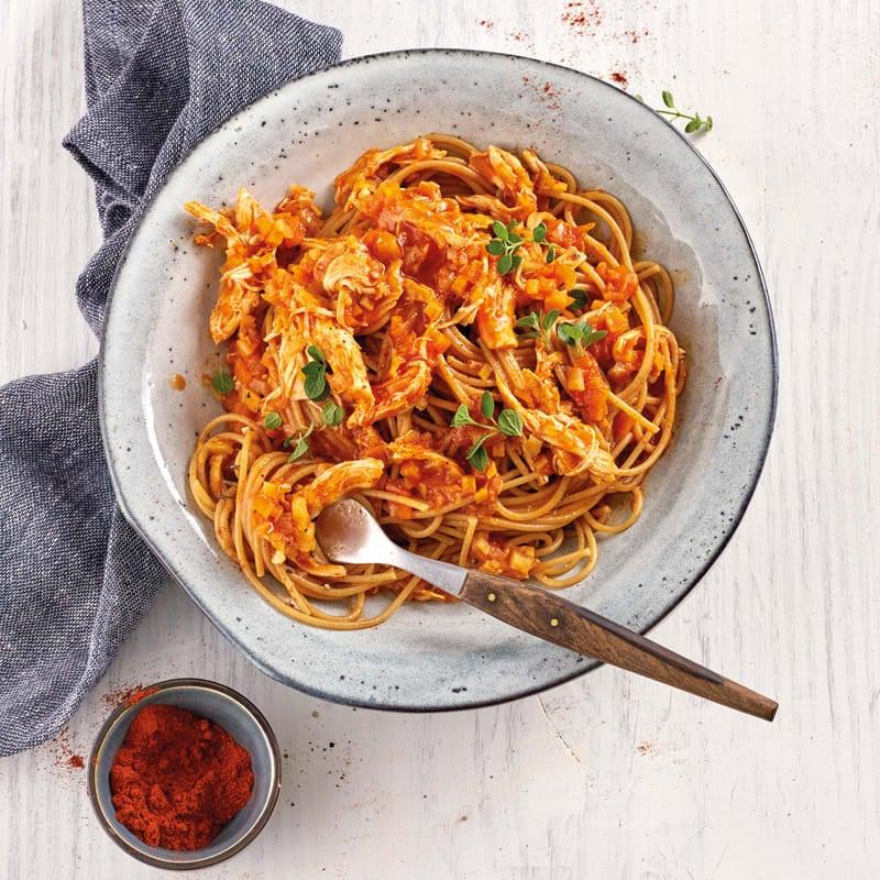 Foto Spaghetti mit Pulled-Chicken-Sauce von WW