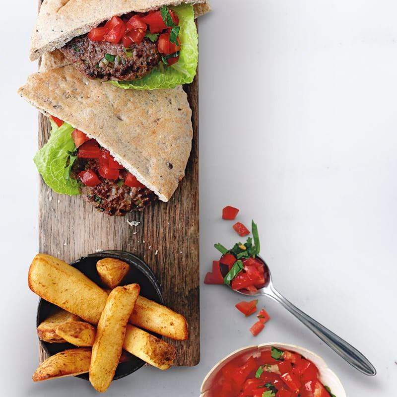 Foto Barbecue-Burger mit Tomaten-Salsa von WW