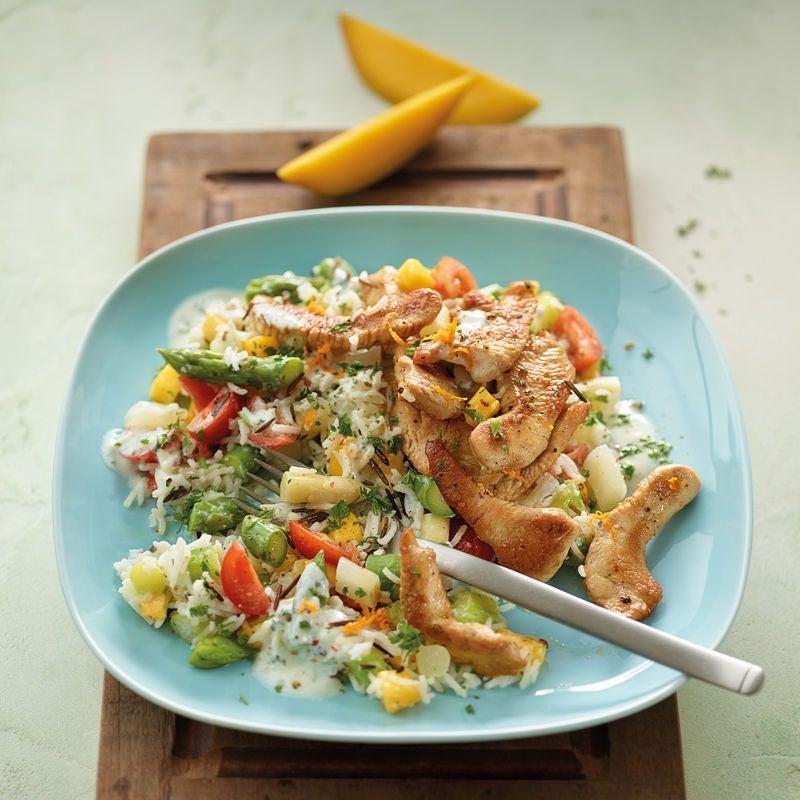 Foto Spargel-Reis-Salat mit Putenbrust und Mango von WW