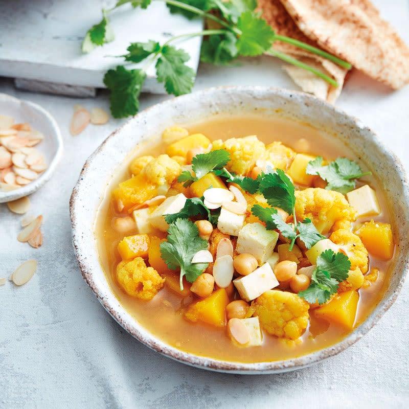Foto Curry-Gemüse-Suppe mit Kichererbsen von WW