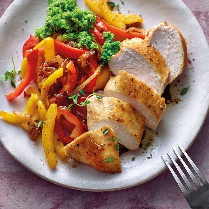 Foto Hähnchenbrust mit Paprikagemüse und Broccolipüree von WW