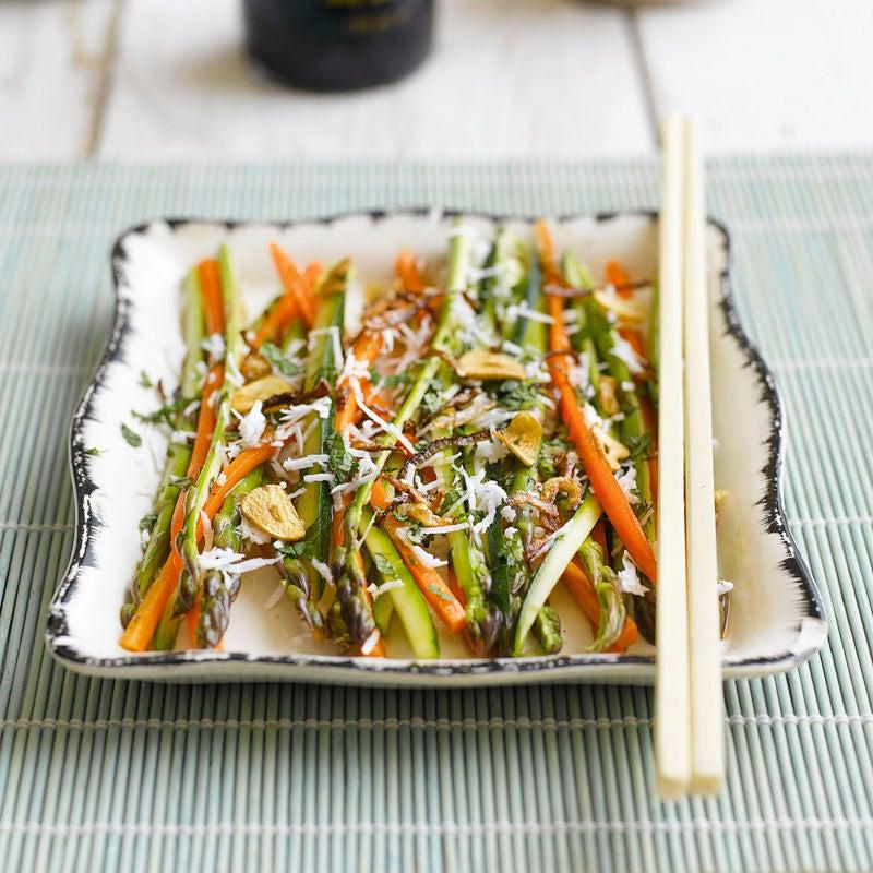 Foto Asiatischer Spargel-Karotten-Salat von WW