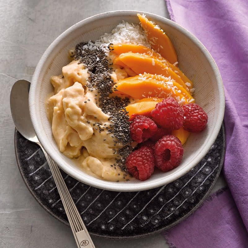 Foto Papaya-Smoothie-Bowl mit Kokos von WW