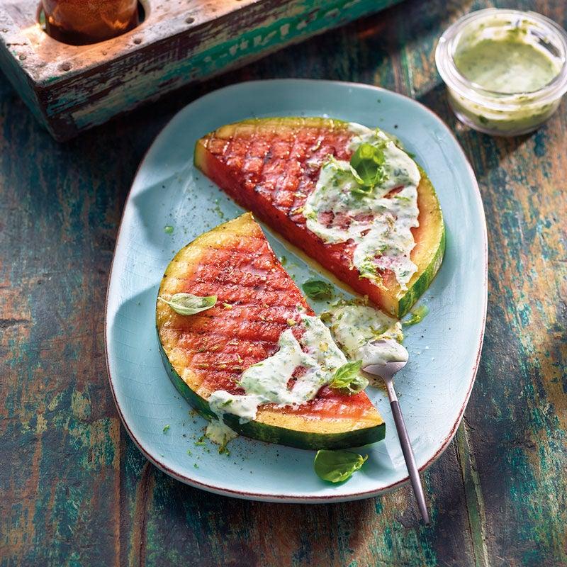 Foto Wassermelone mit Basilikumdressing von WW