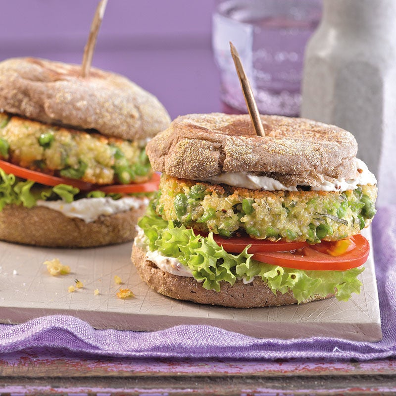 Foto Erbsen-Quinoa-Burger mit Minze von WW