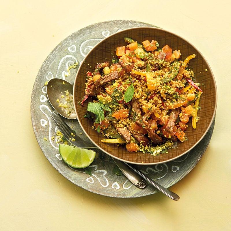 Foto Paprika-Papaya-Couscous mit Steakstreifen von WW