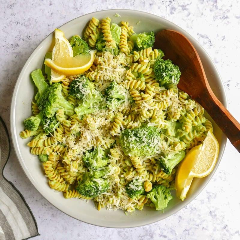 Foto Pasta mit cremiger Broccolisauce von WW