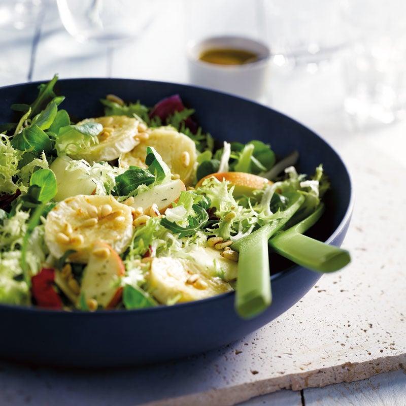 Foto Salat mit Ziegenkäse und Apfel von WW