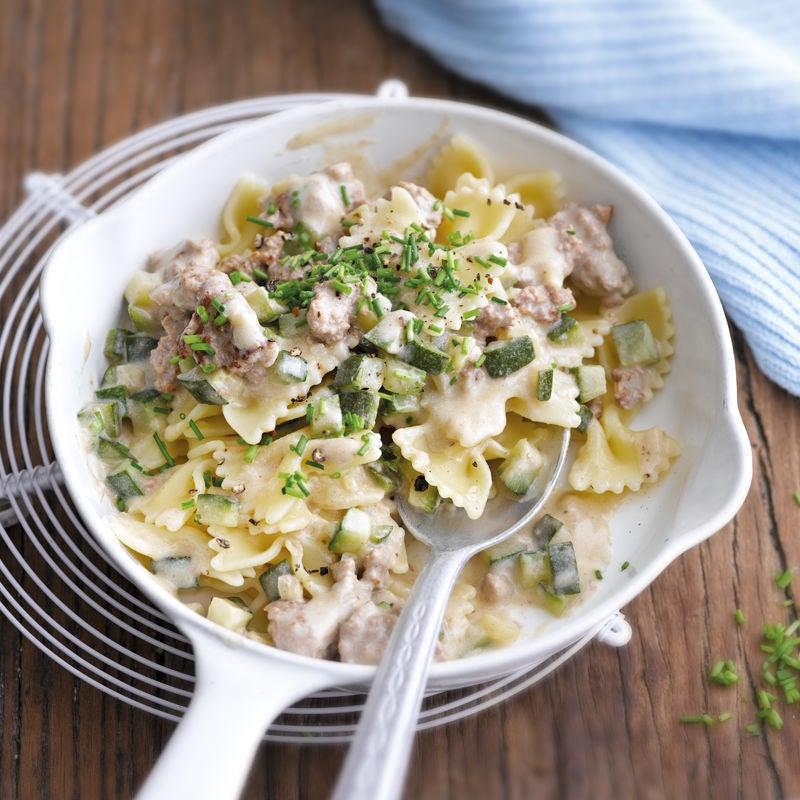Foto Farfalle in cremiger Tatar-Zucchini-Sauce von WW