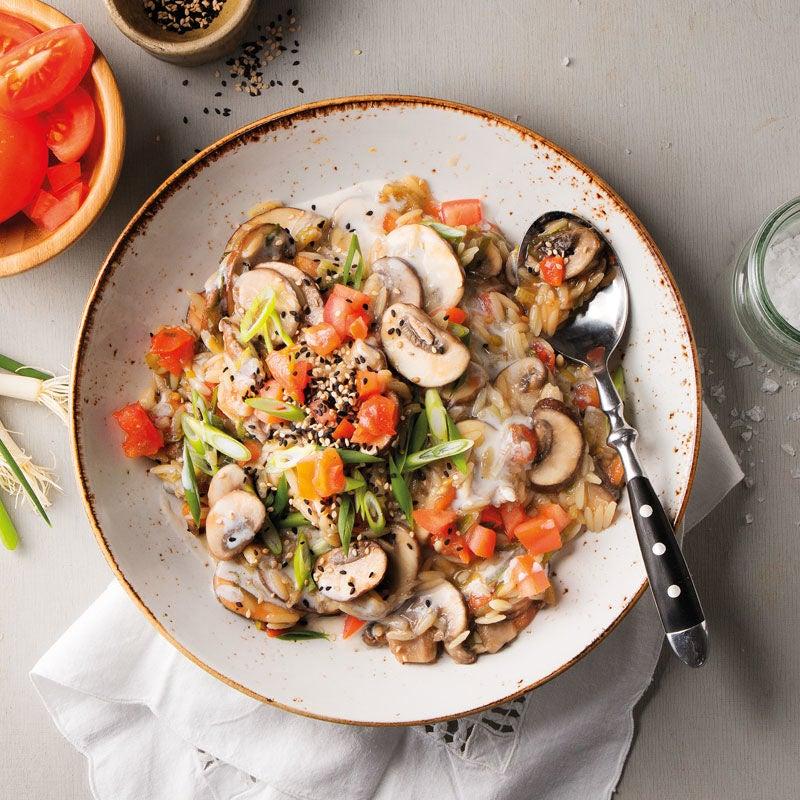 Foto Pilzrisotto aus Risoni mit Tomaten und Sesam von WW