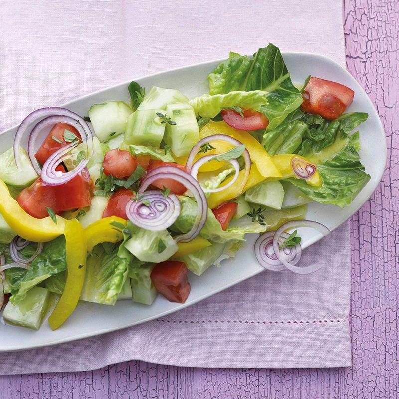 Foto Bunter Salat mit Zitronen-Kräuter-Dressing von WW