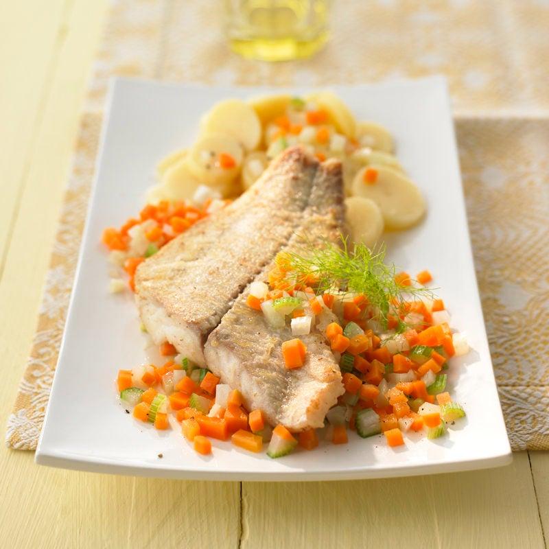 Foto Seelachsfilet zu warmem Kartoffelsalat von WW