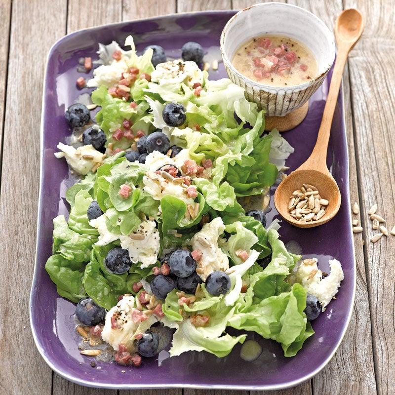 Foto Eichblattsalat mit Heidelbeeren und Mozzarella von WW